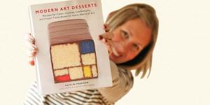 Caitlin Freeman met haar boek