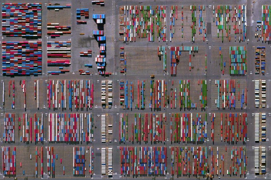 Satelliet abstractie - Benjamin Grant